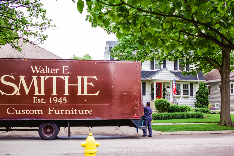 walter e smithe couch delivery-2